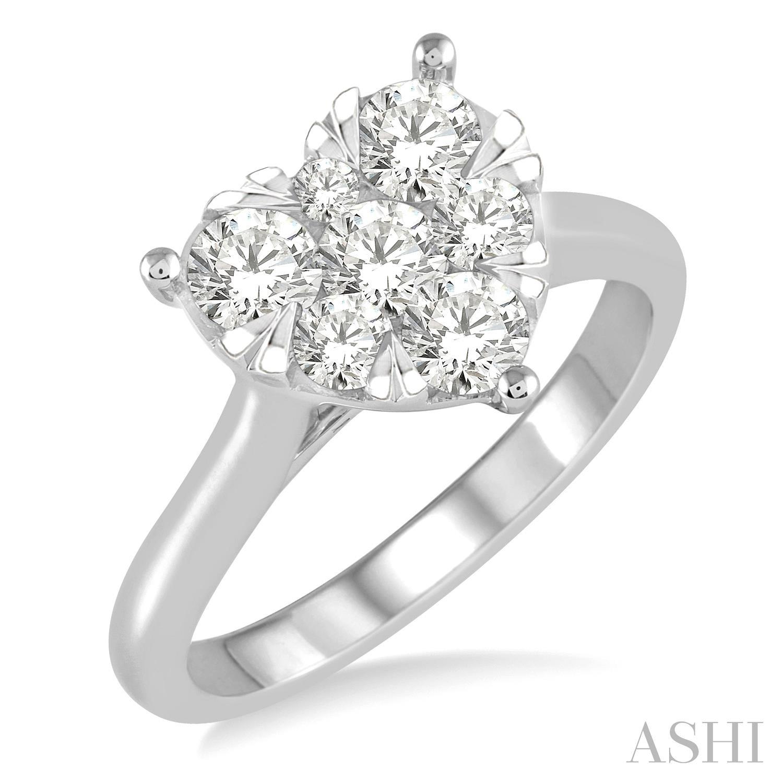 Heart Shape Lovebright Essential Diamond Ring