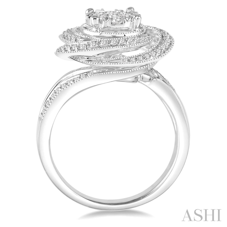 Flower Shape Lovebright Diamond Ring