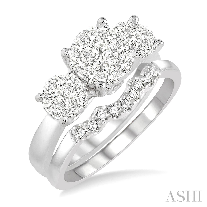Past Present & Future Lovebright Essential Diamond Wedding Set