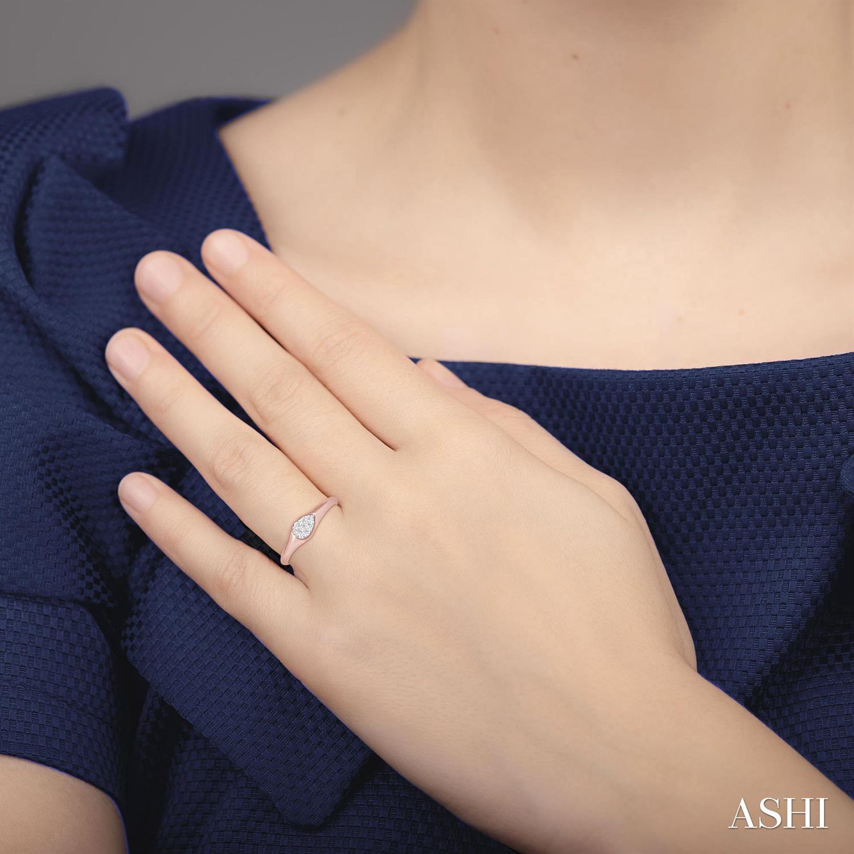 Pear Shape Lovebright Essential Diamond Promise Ring
