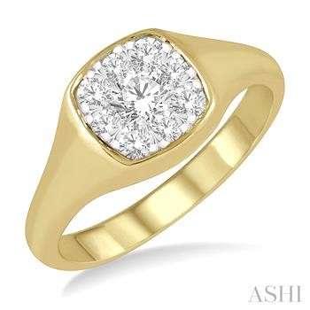 Cushion Shape Lovebright Essential Diamond Ring