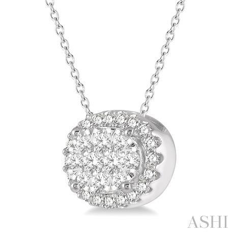 Oval Shape Lovebright Essential Diamond Pendant