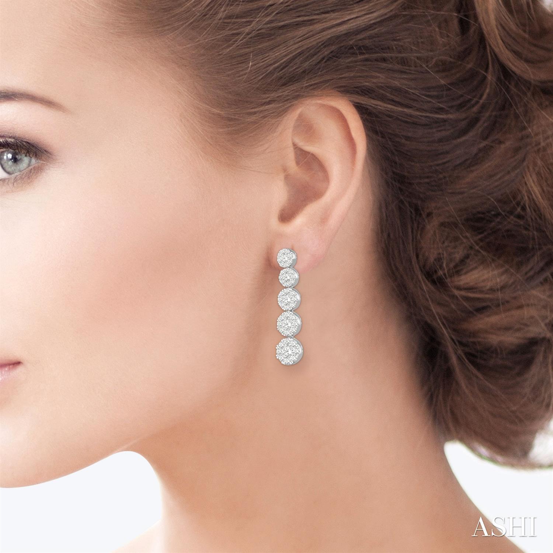 Lovebright Essential Journey Diamond Earrings