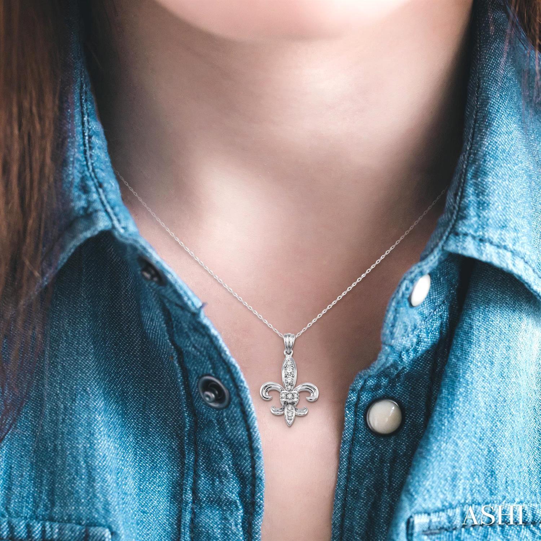 DIAMOND FLEUR DE LIS PENDANT